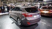 2013 Hyundai i30 Wagon live in Geneva 08.3.2012