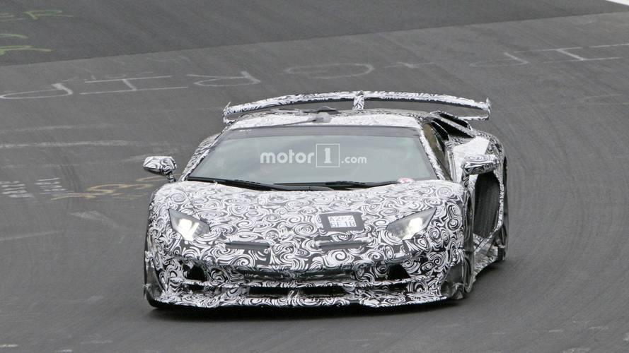 Photos espion - Lamborghini Aventador SVJ