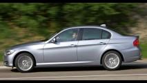 BMW lança nova versão mais barata do sedan 320i com menos itens por R$ 109.500
