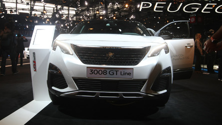 All-new Peugeot 3008 feels right at home in Paris