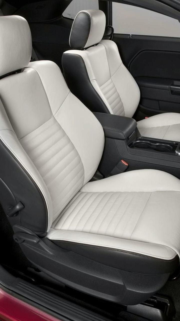 2010 Dodge Challenger Furious Fuchsia Edition