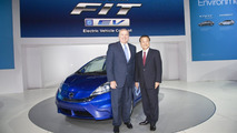 Honda Fit EV Concept live at Los Angeles Auto Show 2010 17.11.2010