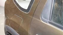 Renault dealer in Delhi tricks customer by selling repainted Duster as new