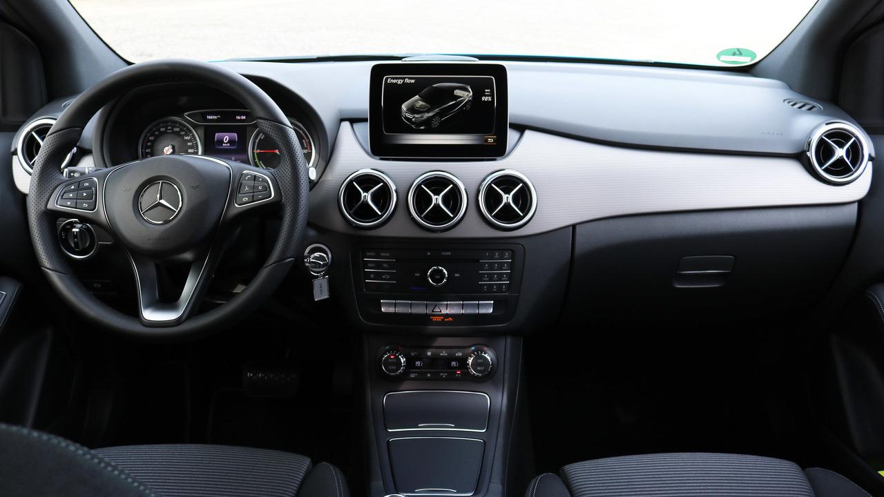 2017 mercedes benz b250e review photo gallery for Mercedes benz b250e