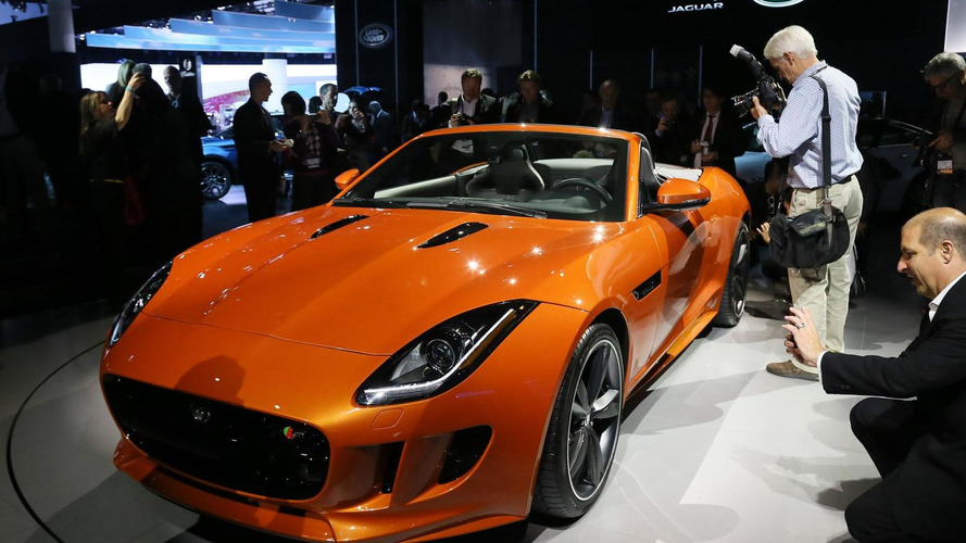 Jaguar F-Type Black Pack plus personalization options introduced in L.A.