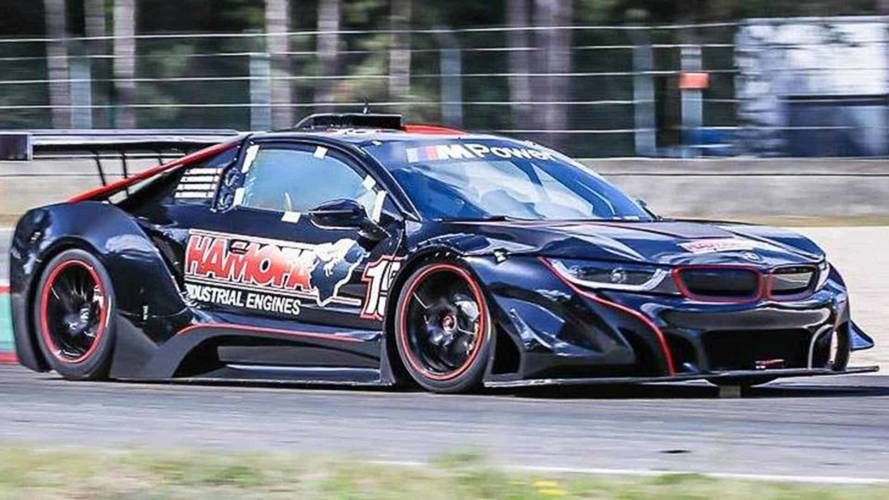 BMW i8 Race Car Ditches Hybrid For 540-HP V8