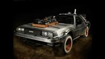 """""""De volta para o futuro"""": DeLorean utilizado em trilogia vai a leilão beneficente"""
