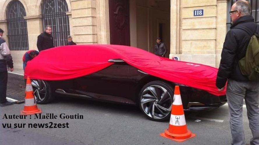Citroen DS concept spotted in Paris under cover
