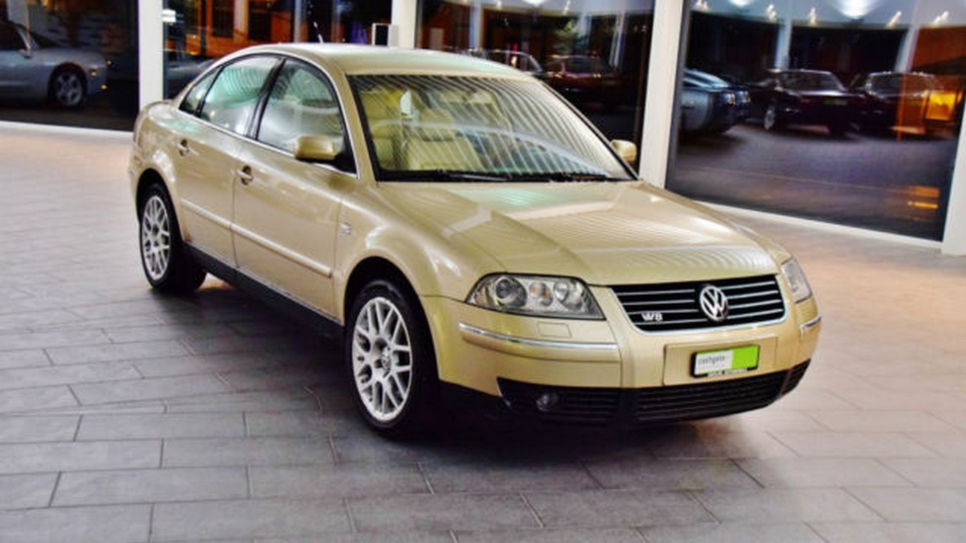 Vw passat manual mint 2002 vw passat w8 with manual gearbox is quite desirable fandeluxe Image collections
