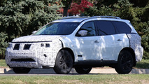 Nissan Pathfinder facelift spied in Michigan hiding minor cosmetic revisions