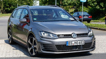 Volkswagen Golf Variant GTD spy photo