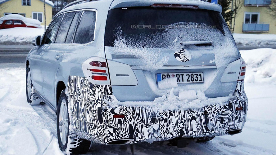 Mercedes-Benz GLS spied up close and personal