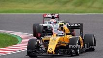 Hulkenberg joins Renault on multi-year deal