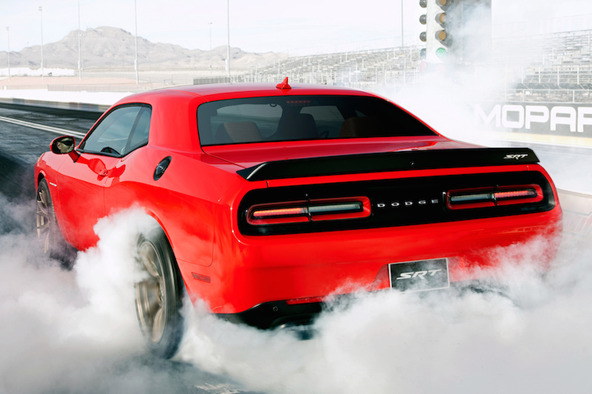 707-HP Dodge Challenger Hellcat is the Most Powerful Muscle Car Ever [w/Video]