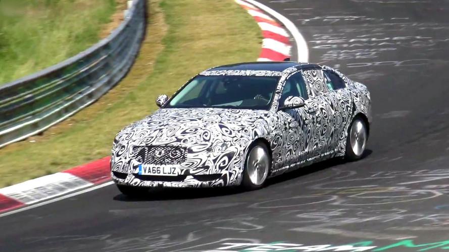 Jaguar XEL ile uzun aks mesafesi Nürburgring'de