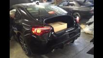 Flagra: fotos do Subaru BRZ 2017 reestilizado vazam antes da hora