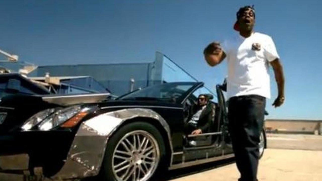 Rapper Jay-Z with heavily modified Maybach 62 in music video Otis screenshot, 763, 16.01.2012