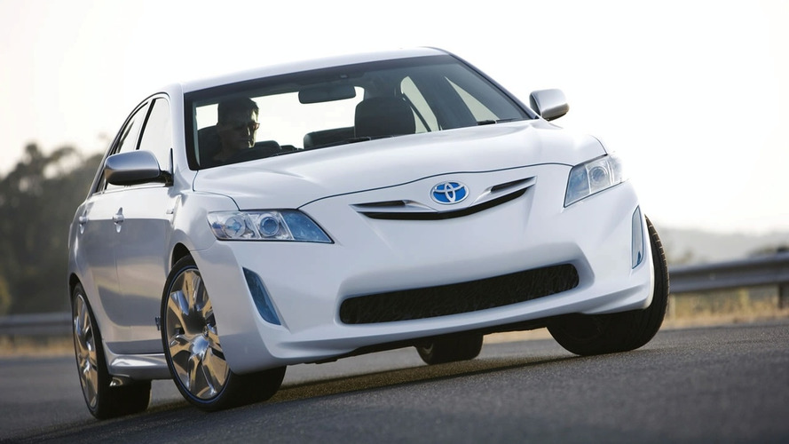 Toyota HC-CV (Hybrid Camry Concept Vehicle) Revealed