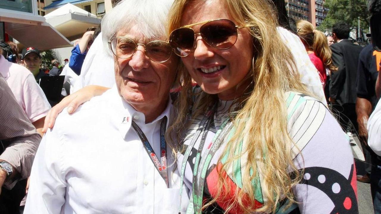 Bernie Ecclestone (GBR), President and CEO of Formula One Managemeant and Gerry Halliwell ex Spice girl (GBR), Monaco Grand Prix, Sunday Pre-Race Grid, 24.05.2009 Monte Carlo, Monaco