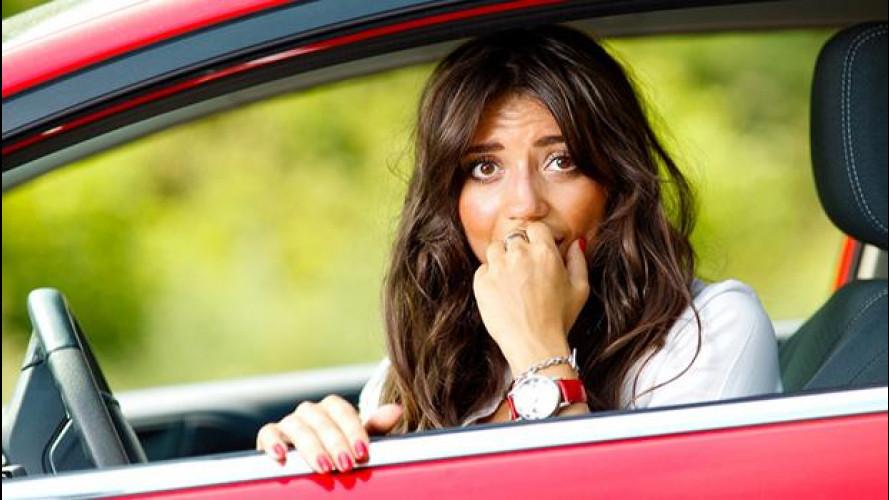 Panico alla guida: le 5 fobie più diffuse tra gli italiani