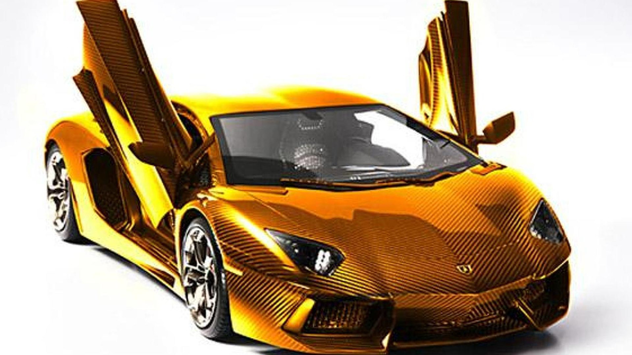 Lamborghini Aventador gold-plated 1:8 scale model 18.09.2013
