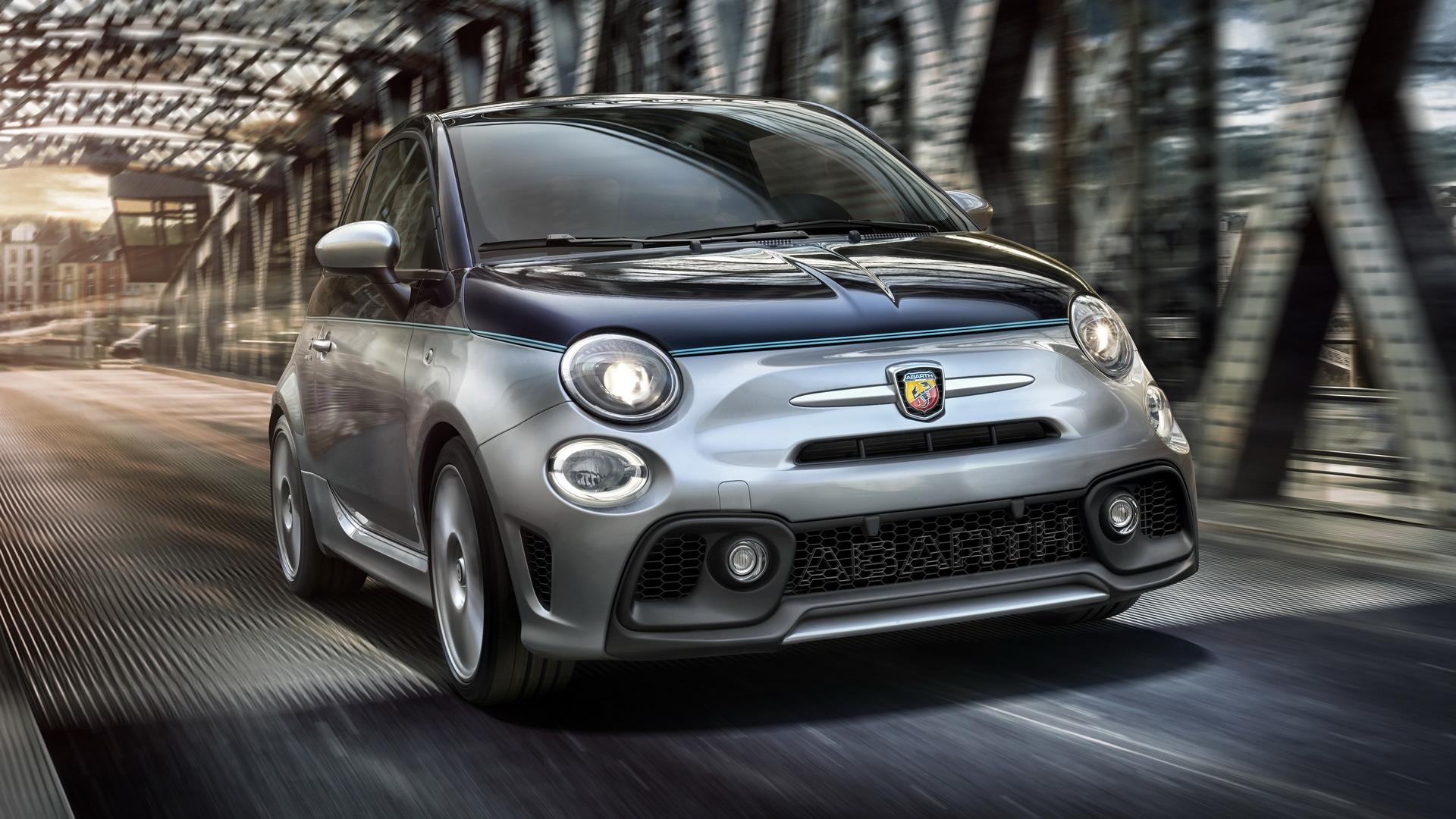 abarth 695 rivale adds a dash of elegance to 180 hp pocket rocket. Black Bedroom Furniture Sets. Home Design Ideas