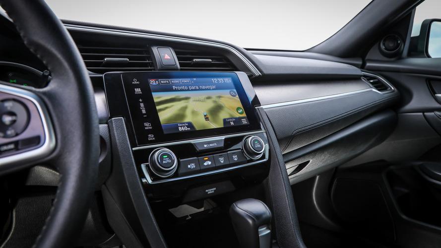 Honda Civic e Accord ganham multimídia com Waze integrado