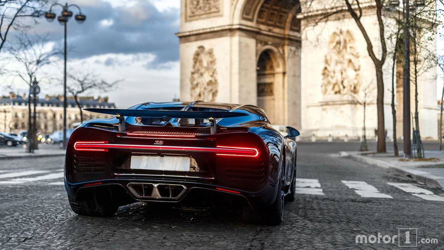 PHOTOS - Quand la Bugatti Chiron se balade à Paris