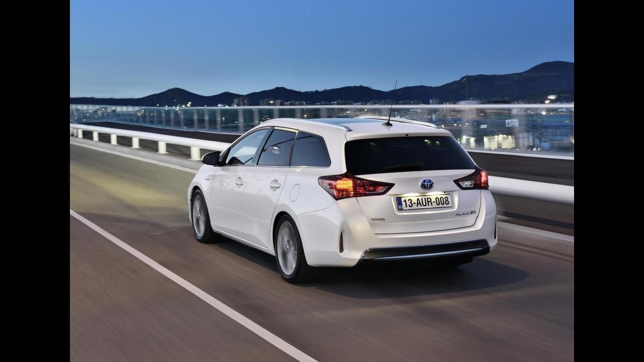 """Toyota Auris Touring Sports 2013: esta poderia ser a """"nossa"""" Nova Fielder"""