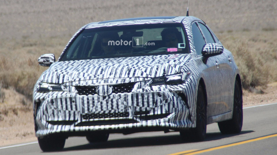 2019 Toyota Avalon Makes Spy Photo Debut