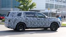 2019 Mercedes-Benz GLS spy photo