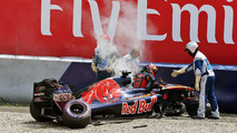 Daniil Kvyat, Scuderia Toro Rosso after a big crash, Austrian GP 2016