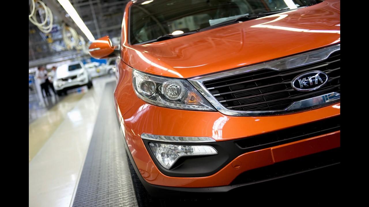 """Estados Unidos: Peter Schreyer é eleito """"Homem do Ano 2012"""" pela revista Automobile Magazine"""